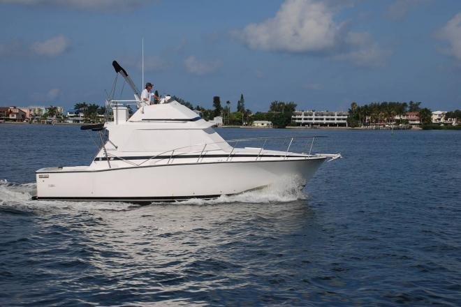 1977 Bertram 33 Flybridge Cruiser - For Sale at Bradenton Beach, FL 34217 - ID 201062