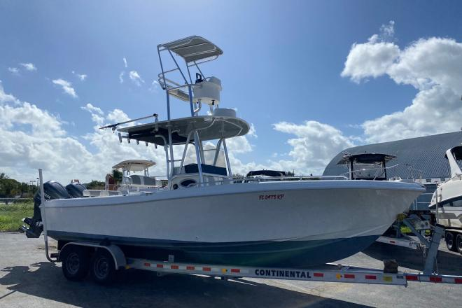 1998 Bluewater 2550 - For Sale at West Palm Beach, FL 33415 - ID 201103