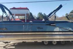 2021 Tahoe Cascade Rear J Lounger 2585
