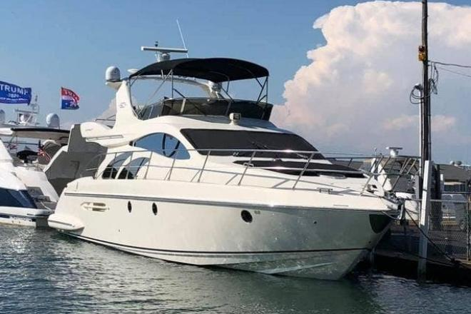 2005 Azimut 50FLY - For Sale at Lakeside Marblehead, OH 43440 - ID 202129