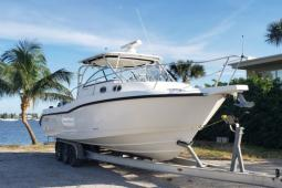 2005 Boston Whaler 305 Conquest