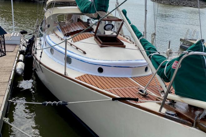 1980 Legnos Mystic 30 - For Sale at Carlyle, IL 62231 - ID 203739