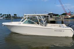 2018 Sailfish 325 DC