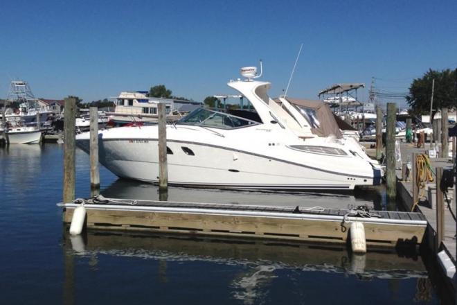 2011 Sea Ray 330 Sundancer - For Sale at Centerport, NY 11721 - ID 150421
