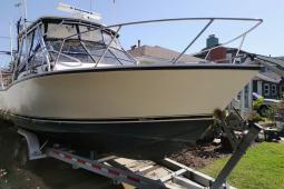 2002 Carolina Classic 28 Express Fisherman