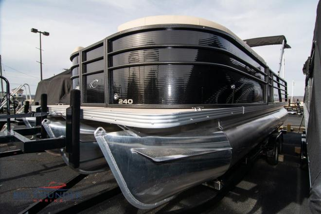 2021 Crest CLASSIC LX 240 SLRC - For Sale at Lake of the Ozarks, MO 65049 - ID 200617