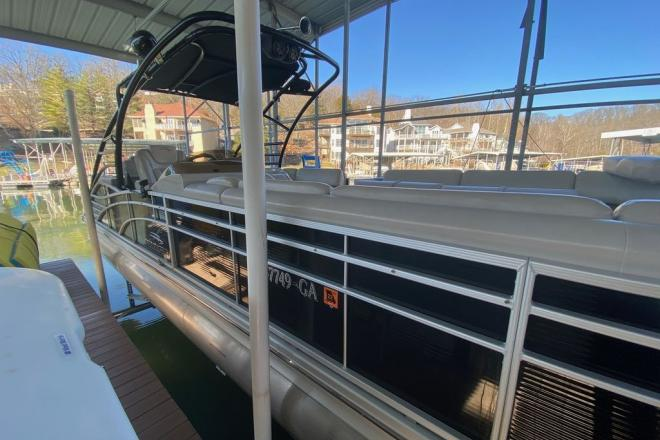 2014 Bennington 2875 QCW I/O Sport Tower - For Sale at Osage Beach, MO 65065 - ID 204912