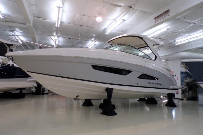 2021 Regal 33 XO - For Sale at Peabody, MA 1960 - ID 205059