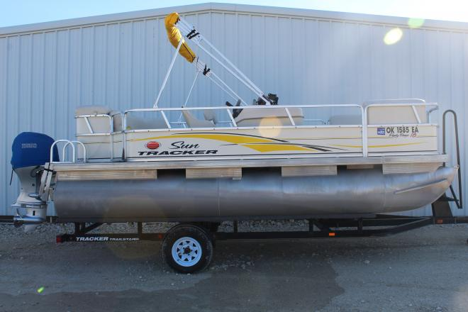2008 Tracker Party Barge 18 - For Sale at Kingston, OK 73439 - ID 204671