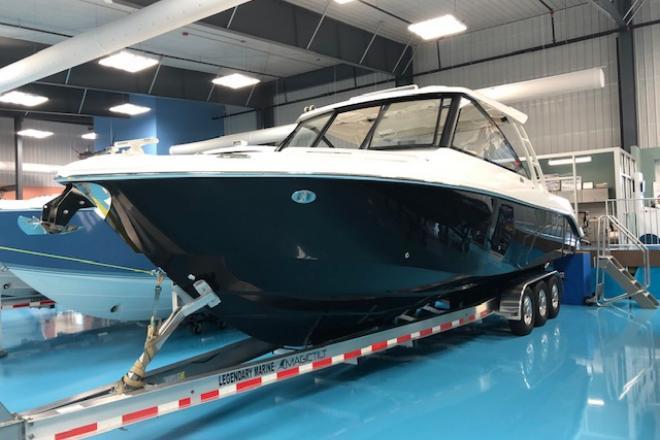 2019 Everglades 340 - For Sale at Destin, FL 32541 - ID 205564