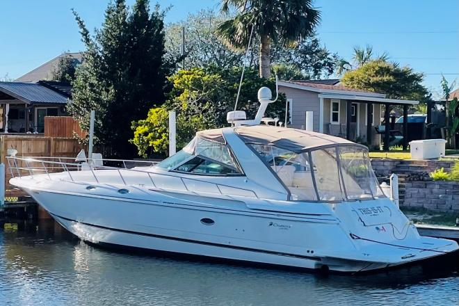 2002 Cruisers 4270 Express