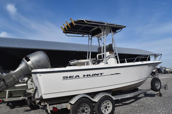 2000 Sea Hunt 20