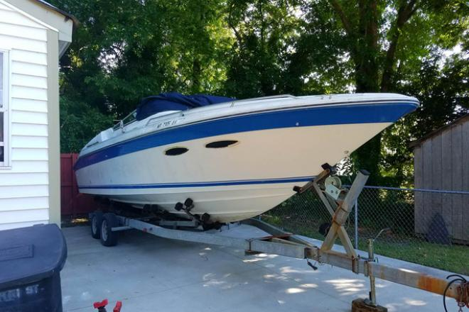 1989 Sea Ray OVERNIGHTER - For Sale at Portsmouth, VA 23701 - ID 207333
