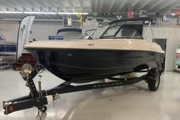 2021 Bayliner VR4 Bowrider
