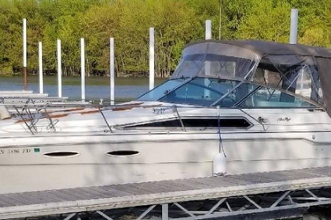 1985 Sea Ray 300 Weekender - For Sale at Inver Grove Heights, MN 55076 - ID 207603