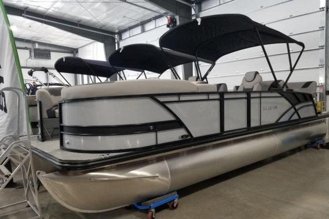 2021 Sylvan L5RLZ - For Sale at Antioch, IL 60002 - ID 202200