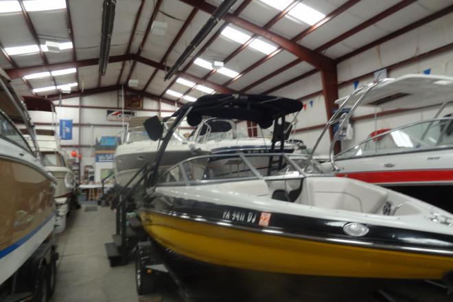 2013 Crownline Bowrider 185 SS