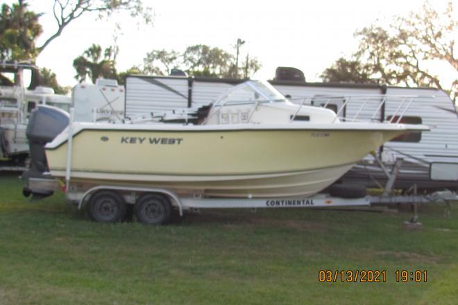 2004 Key West 225 WA Blue Water