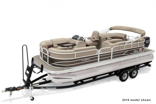 2021 Sun Tracker Party Barge 22RF DLX