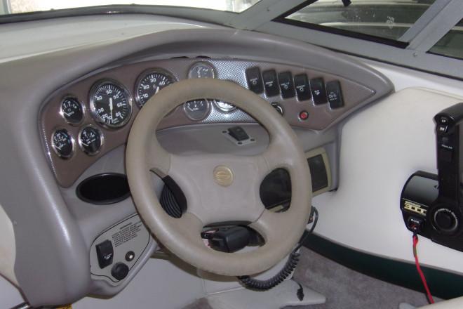 1999 Crownline 225 CCR