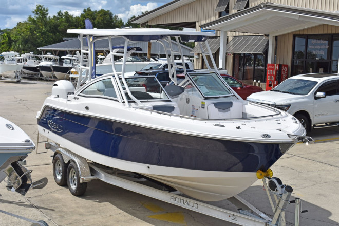 2021 Robalo 247 DC - For Sale at Mary Esther, FL 32569 - ID 206299