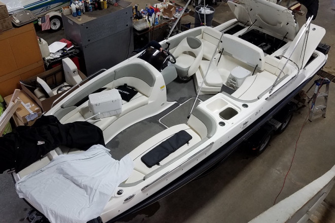 2012 Bayliner 217DB