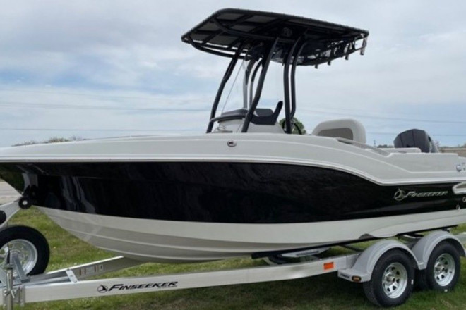 2021 Other 206 Center Console