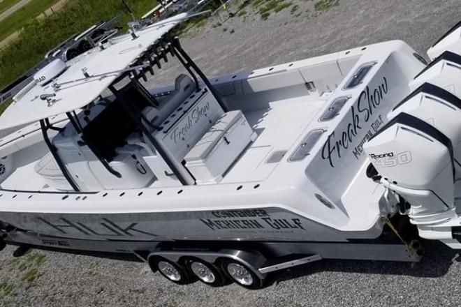 2021 Contender 44 ST
