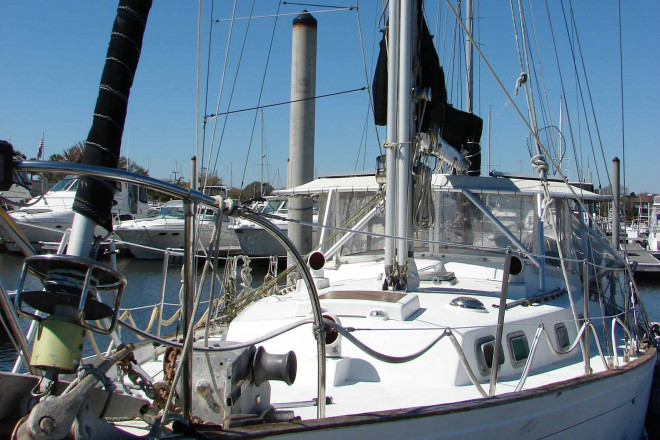 1975 Whitby 42 Ketch - For Sale at League City, TX 77573 - ID 212324