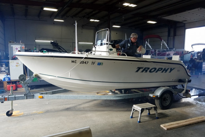 2009 Trophy 1703 Center Console - For Sale at Brighton, MI 48114 - ID 212796