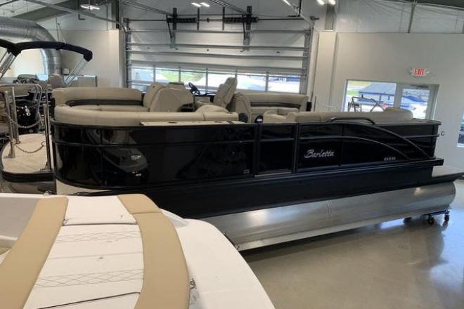 2019 Barletta EX23Q - For Sale at Detroit, MI 48238 - ID 199912
