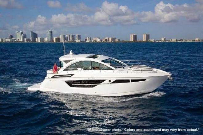 2022 Cruisers 50CANTIUS