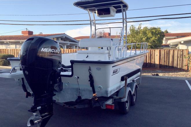 2012 Boston Whaler 210 Montauk