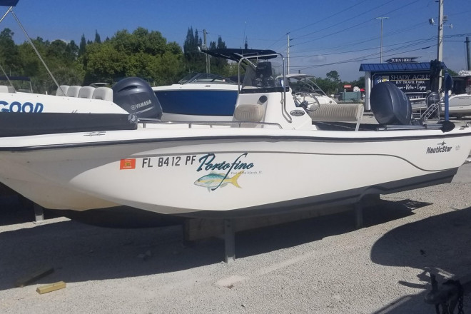 2012 Nautic Star 210 CC