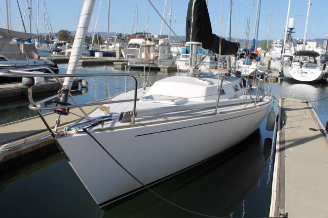 1988 J Boats J35