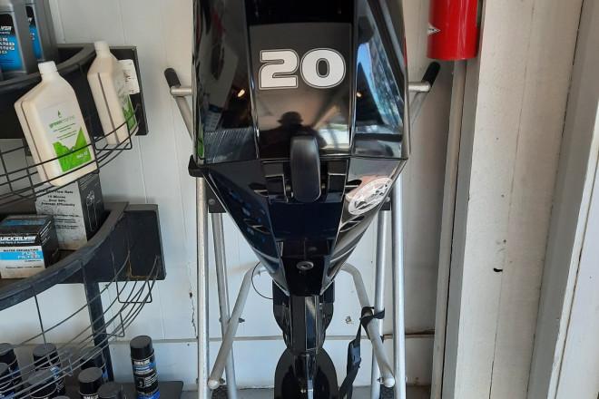 2021 Mercury FourStroke 20 EFI
