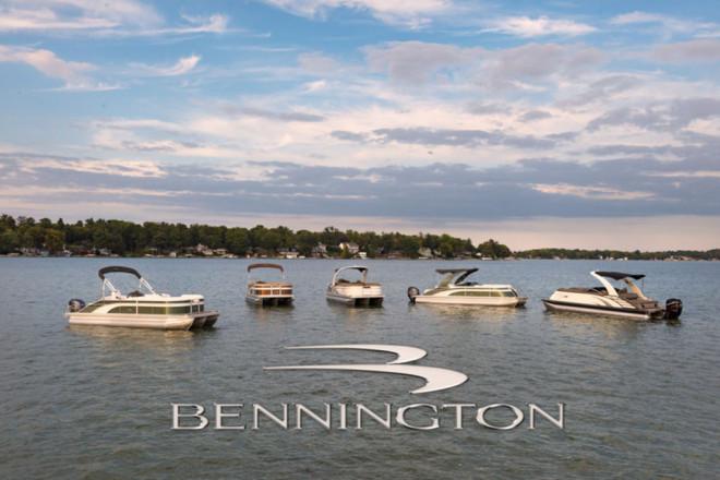 2021 Bennington SV Series 22