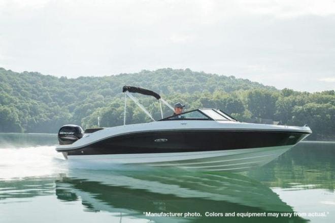 2022 Sea Ray 210SPXO