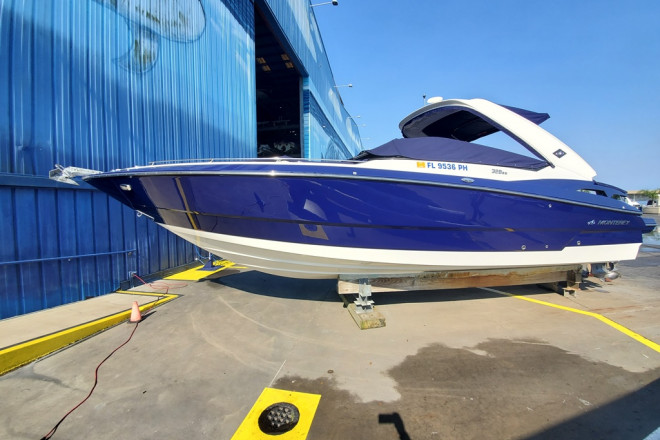 2012 Monterey 328 SS