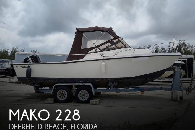 1986 Mako 228