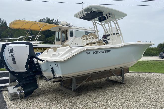 2016 Key West 239FS