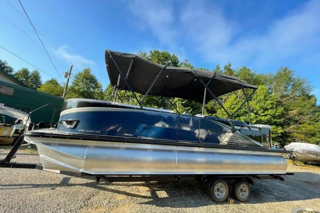 2022 Avalon LSZ 2485 Cruise
