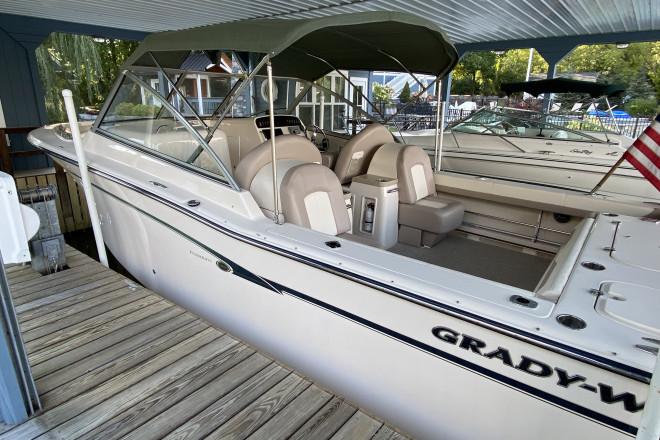 2013 Grady White Freedom 307