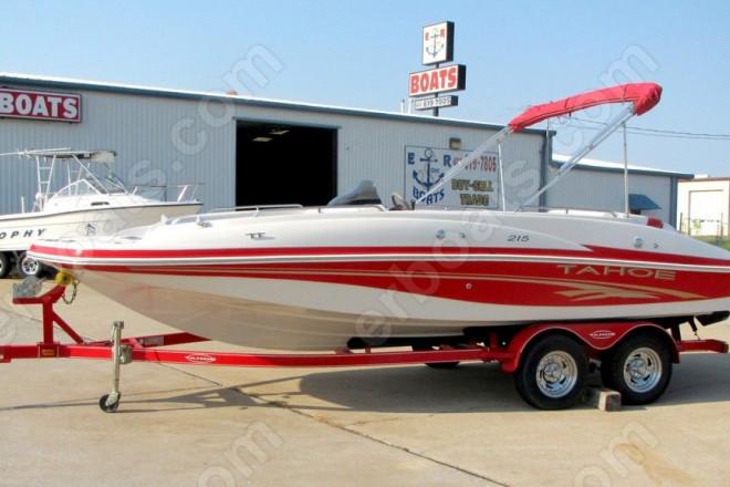 2005 Tahoe 215 Deck Boat
