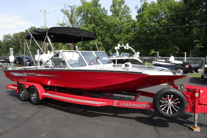 2013 Xpress X24 Catfish Series X24