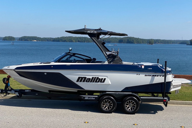 2021 Malibu WAKESETTER 22 LSV
