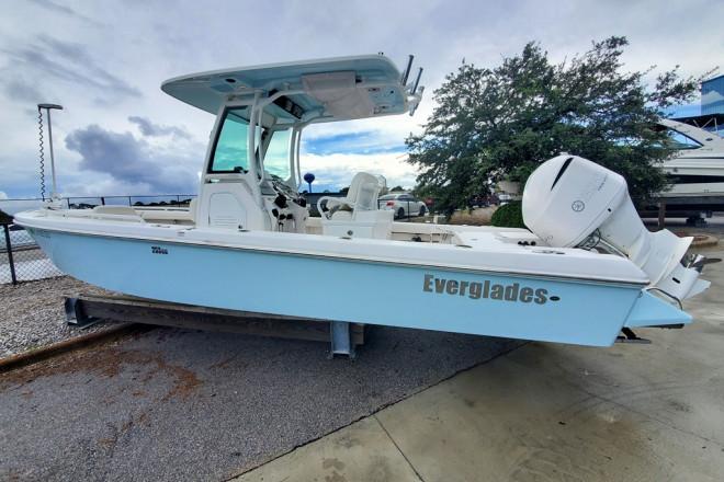 2020 Everglades 253 CC
