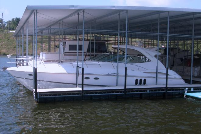 2006 Cruisers 520 Express Yacht - For Sale at Lake of the Ozarks, MO 65049 - ID 22095