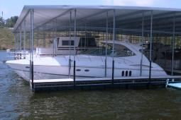 2006 Cruisers 520 Express Yacht