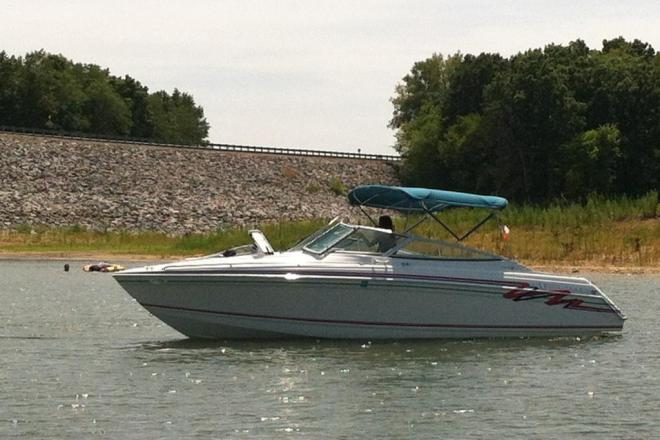 1995 Formula 280 SunSport Cuddy Cabin and Trailer - For Sale at Centerville, IA 52544 - ID 46881